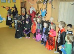 Halloweenská pártyvMŠ2 EDIN